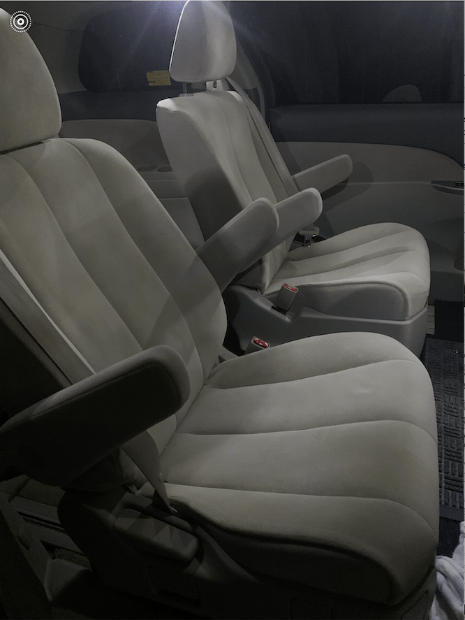 ESTIMA 7 SEATER MIDDLE
